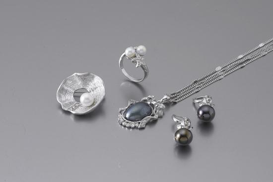Pearl Accessories-01