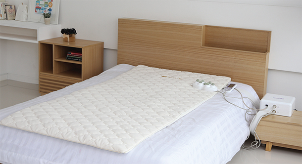 Personal-Thermal-Massage-Bed